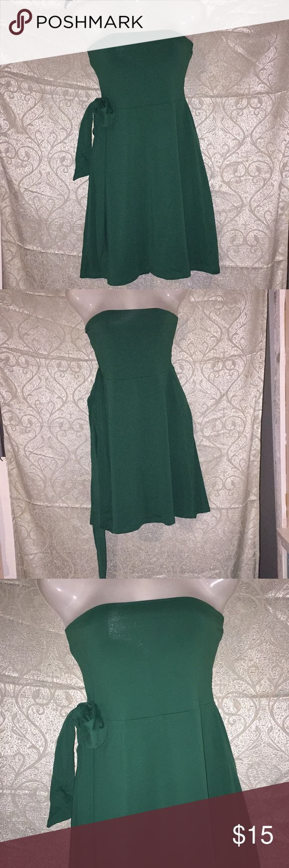 Susana Monaco Green Spring Dress Susana Monaco Green Spring Dress 👗 in brand new conditions, perfect for a girls night out. Fits up to a size Medium. Susana Monaco Dresses Midi