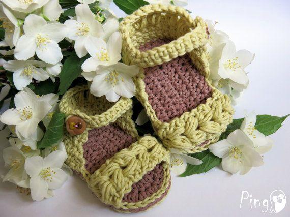 Amigurumi Vivi Free Patterns : 16 best little feet images on pinterest baby slippers dk weight