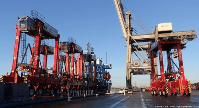 DP WORLD SOUTHAMPTON INVESTS US$9.1M IN STRADDLE CARRIERS