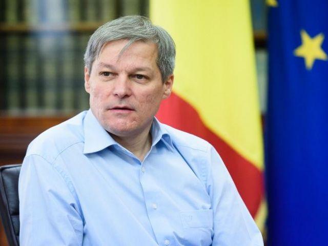 Mandatul de un an al guvernului tehnocrat condus de Dacian Cioloş a fost marcat atât de realizări cât şi de măsuri contestate de partide şi de opinia publică.