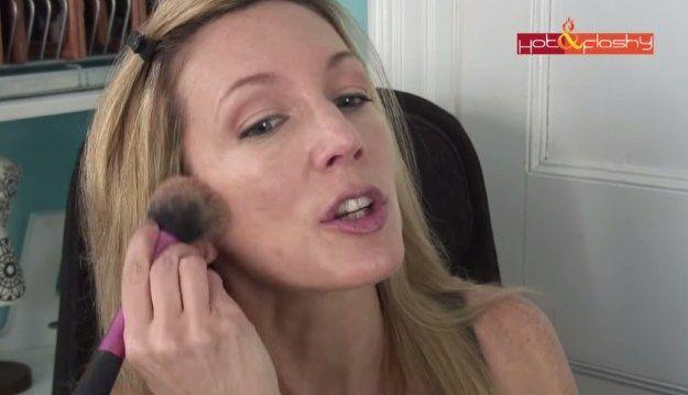 Schritt 11 – Kontur! | Tägliches Make-up-Tutorial für reife Frauen #HomemadeSkinCare … –  #…