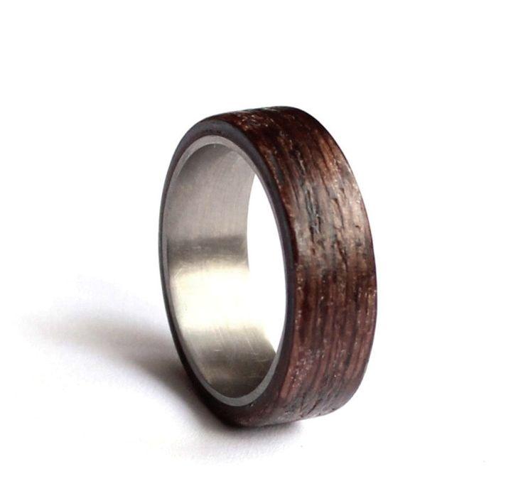 Edelstahl-Ehering, Mens Eheringe, Holz Mens Ring, Ehering Wenge-Holz von agatechristina auf Etsy https://www.etsy.com/de/listing/268411749/edelstahl-ehering-mens-eheringe-holz