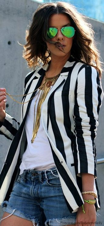 Denim and Stripes Streetstyle i love this outfit  wow i sooo love the jacket now thats my kind of street style i love great xo