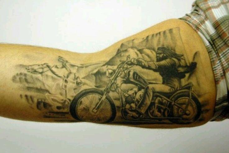 10 Biker Tattoo Motive