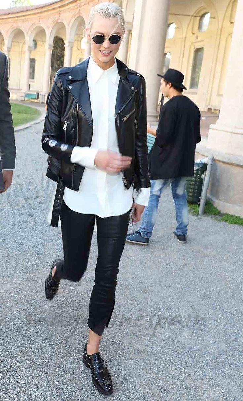 Karlie Kloss ha viajado a Milán con motivo de la Semana de la Moda de Milán.