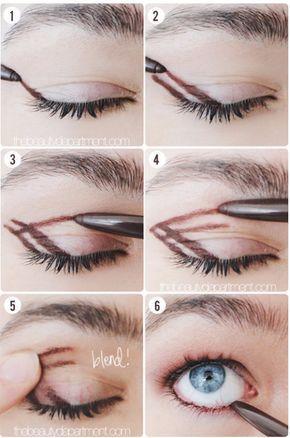 Experimente desenhar uma flecha dupla usando um pincel de sombra (e depois esfume!) para um olho esfumado rápido e elegante. | 7 dicas ridiculamente fáceis de maquiagem que vão facilitar sua vida