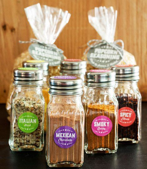 Homemade Popcorn Seasonings Recipes | Kick the flavor or your popcorn up a notch with these homemade popcorn seasonings. Makes great gifts for movie lovers.