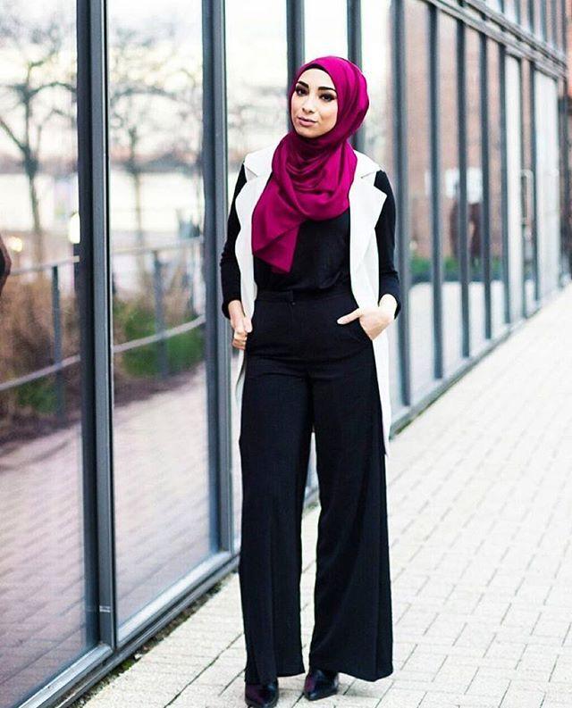 MAROON PREMIUM CHIFFON WRAP. #hijab #fashion #hijabfashion #modestfashion #ootd