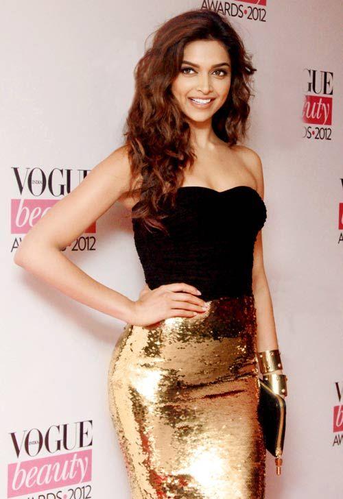 Deepika Padukone #Bollywood #Fashion Bollywood fashion, bollywood celebrities, indian celebrity