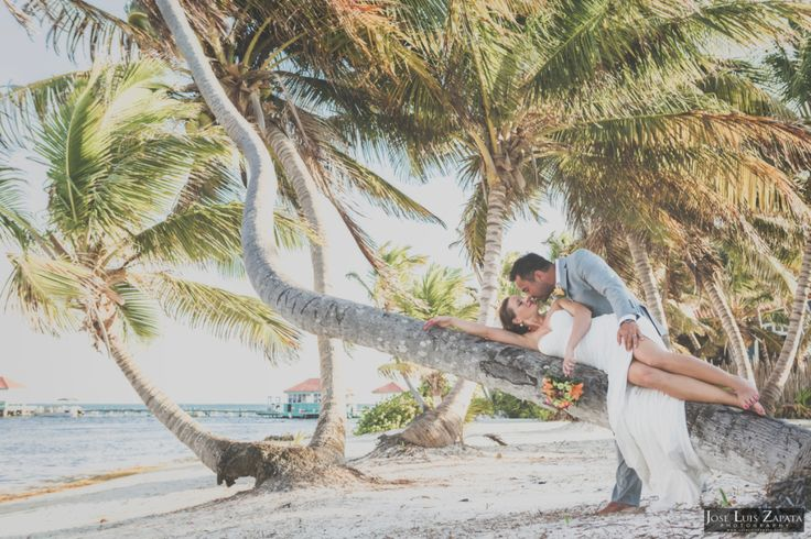 Getting Married in Belize. Belize Photographer, Belize Wedding Photographers & Cinematographers. #Belize #Weddings #WeddingPhotographer #WeddingFilms