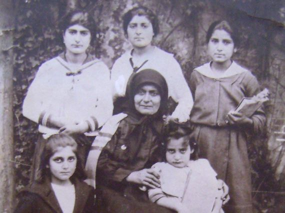 ARMENIAN GENOCIDE CENTENNIAL - The governor threatened that unless all Armenian men surrender, Van will be destroyed in 24 hours Abraham Gziryan's story 1895, Van