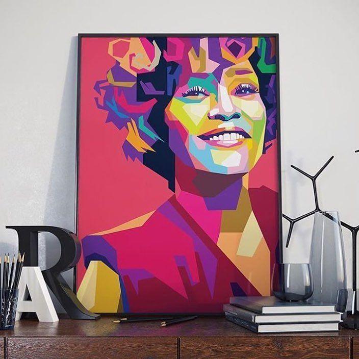 Fredagskveld i sofaen.. En god flaske vin noe søtt og noe fin musikk fra Whitney Houston. Blir det bedre? Whitney var amerikansk blues- soul- og pop-sangerinne. Im either my best friend or my worst enemy.!