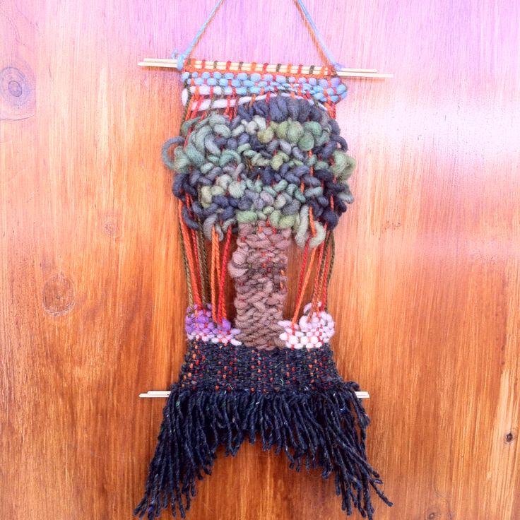 Telar decorativo - Árbol de la vida- 100% lana de Chiloe y La Ligua, madera de Quilpue.