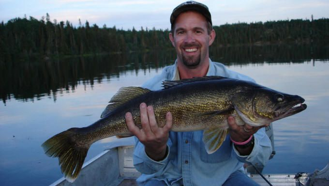 10 best images about ontario walleye fishing on pinterest for Best lures for lake fishing