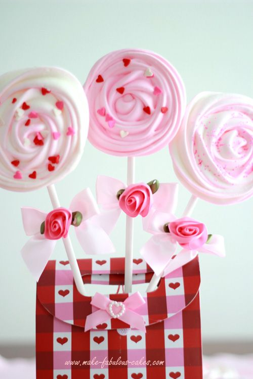 Video on how to make these meringue pops.  :)