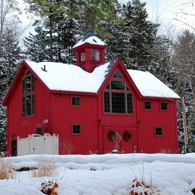 Yankee barn home