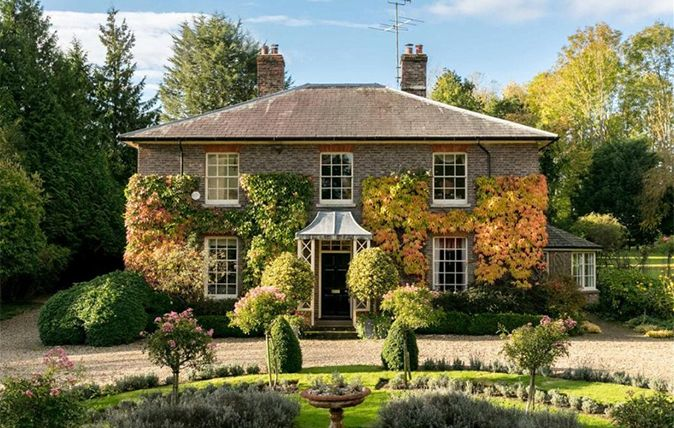 468 best dream home images on pinterest country cottages for Country craft house