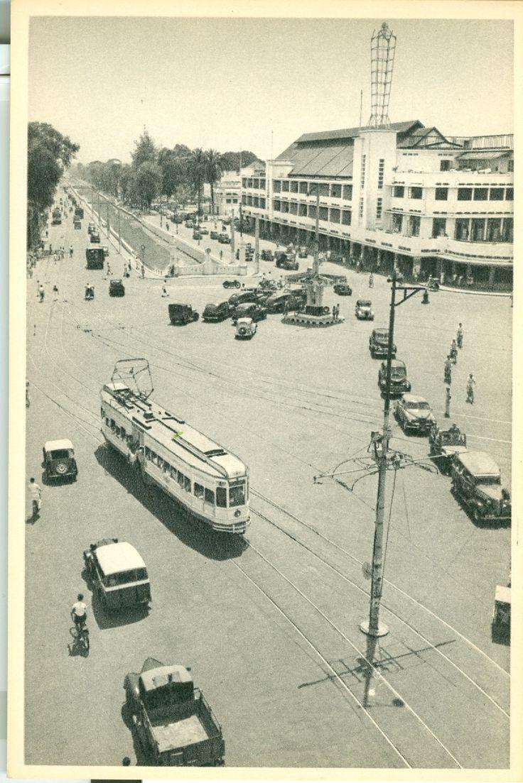 Tram di simpangan Harmoni batavia/Jakarta Sejarah