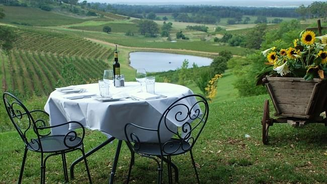 Make a break for it & dine in the country. #winecountry #newcastle #huntervalley #foodexperiences #bespokehunter bespokehunter.com.au can plan it for you.