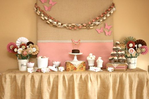 Paper chain. Fabric backdrop: Vintage Butterfly, Party'S, Birthday Parties, Butterfly Party, Parties Ideas, Vintage Butterflies, Butterflies Parties, Desserts Tables, Baby Shower