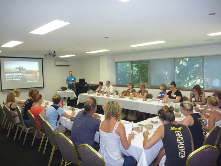 Start of #digitalcoaching workshop about web basics in Airlie Beach/ Whitsundays