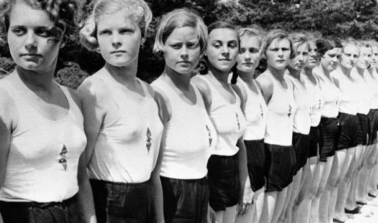 It became more socially acceptable for women to wear shorts during World War 2, which introduced fabric rationing and forced women to take on more masculine jobs. #FashionFact #Trivia #wowfacts