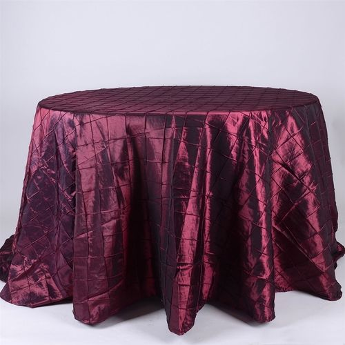 #Cheap #tablecloths for #weddings at wholesale and cheap discounted rates. Our wedding #linen tablecloths come in variety of sizes and colors