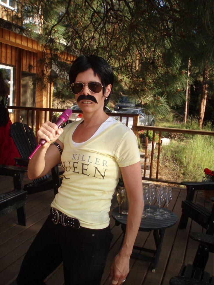 Freddie Mercury - Royalty themed party