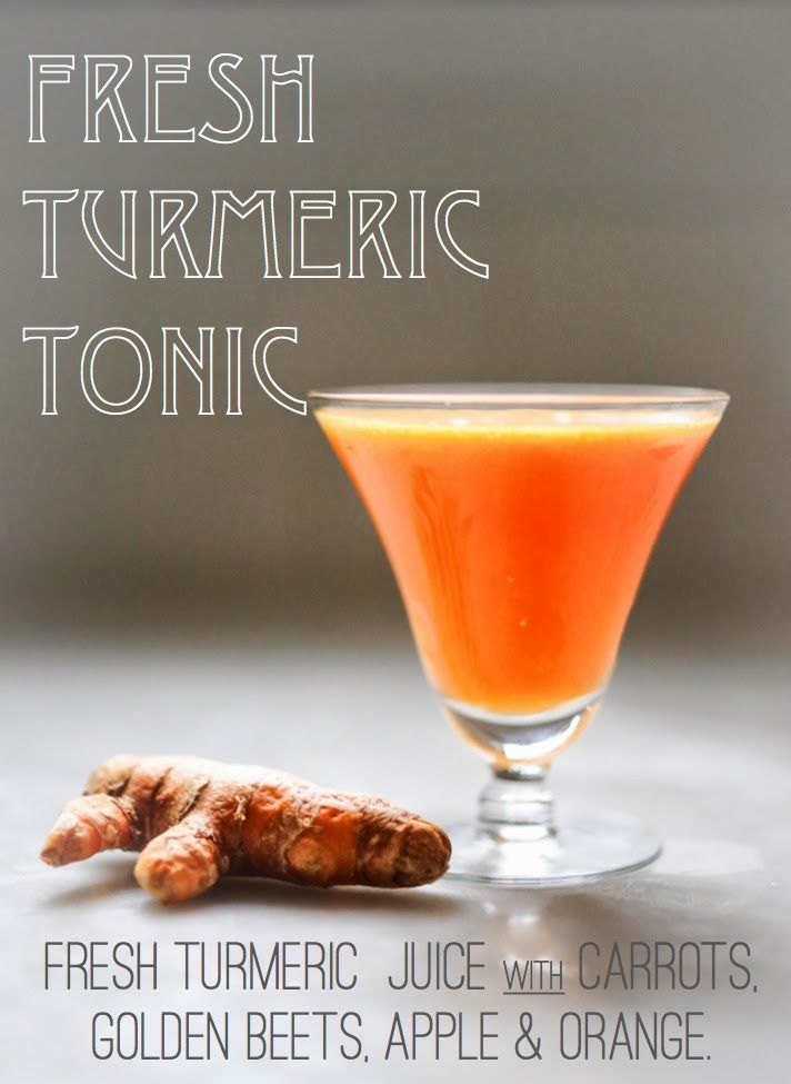 Fresh Turmeric Juice -Health benefits: anti-inflammatory, cancer-fighter, weight loss, liver detox, pain relief, helps prevent Alzheimer´s, lowers cholesterol, regulates blood sugar…an amazing healing root. | www.feastingathomecom.com