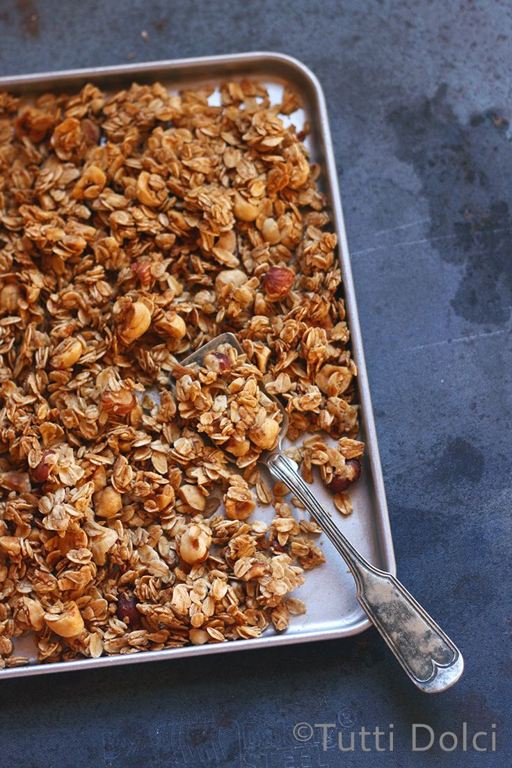 honey hazelnut granola - golden and crunchy granola, loaded with clusters and so easy to make at home!