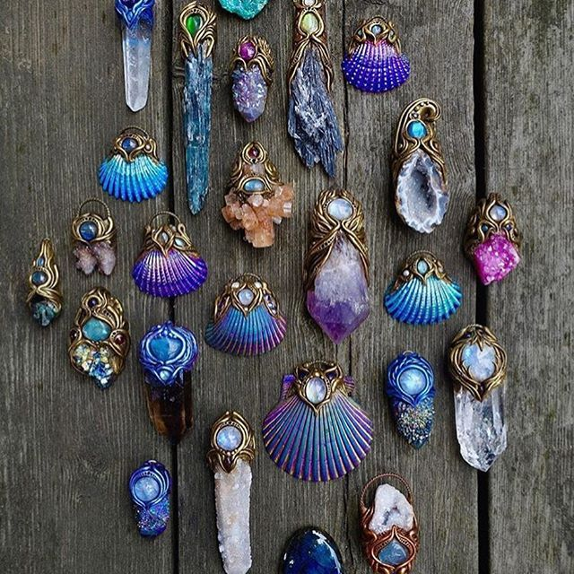Amazing crystal jewelry from @spiritnectar  check out her shop for more handmade treasures! ✨ @spiritnectar