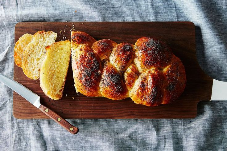 http://food52.com/blog/14039-a-genius-no-knead-challah-that-tastes-just-as-good-on-day-3