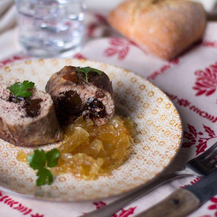 C mo preparar rollo de carne relleno de ciruelas con - Espuma para relleno ...