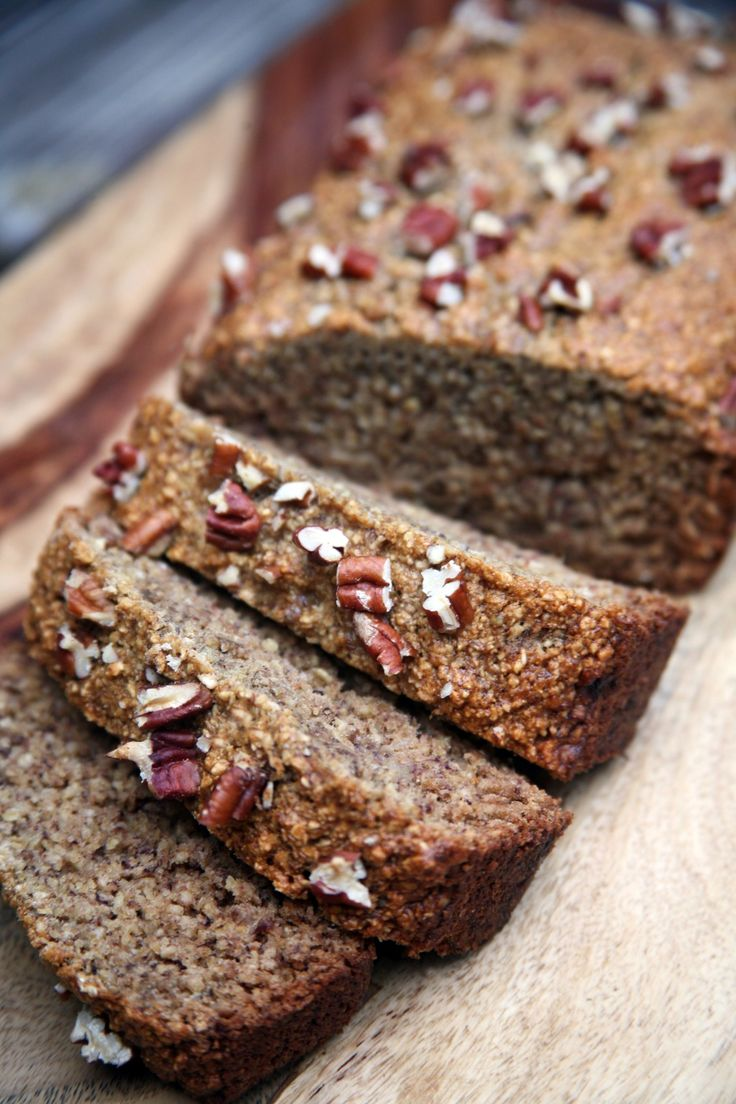 If you're gluten-free and vegan, here's the ultimate banana bread recipe made with homemade oat flour. It's 218 calories a slice, and if smeared with peanut butter, would make a delicious, filling breakfast.