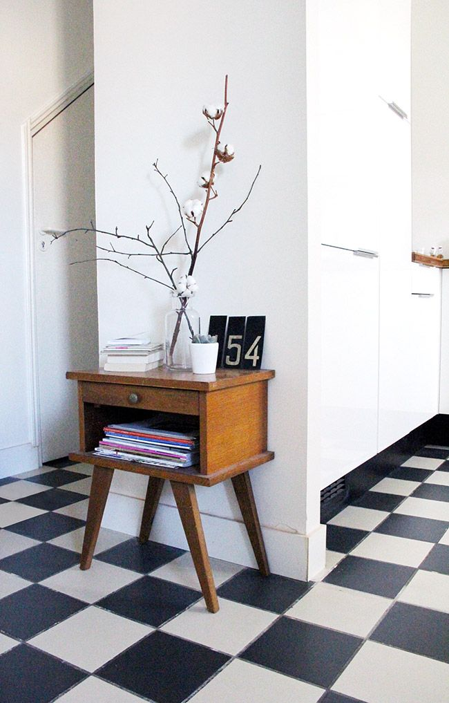 Via Poligom | Mid Century Modern Hallway | Checkered Floor | Black and White