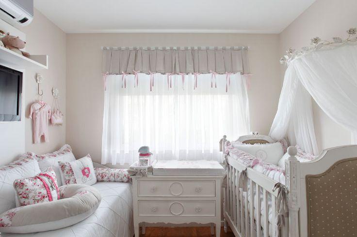 http://casa.abril.com.br/materia/46-quartos-de-bebe-projetados-por-profissionais-de-casapro