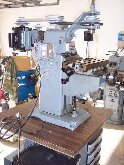 Mill Knee benchtop milling machine.
