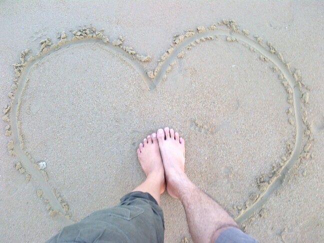 foot in love - YuniNando