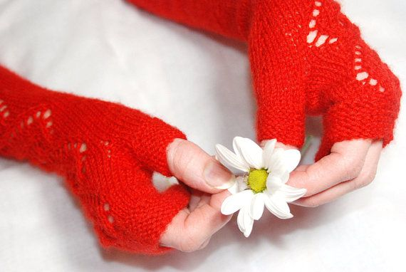 Red Knit Gloves Knit Mittens Red Knit MittensWool by aboutCRAFTS