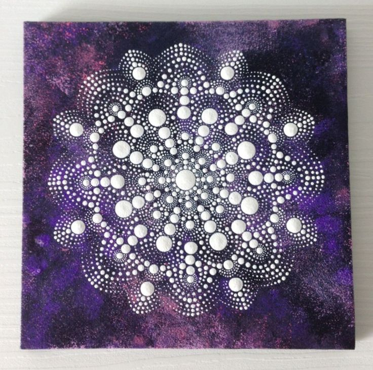 This is a 20x20 cm mandala painting on canvas board, just perfect for decorating your home and work :)  Protected with varnish, will be sent with Priority Air Mail