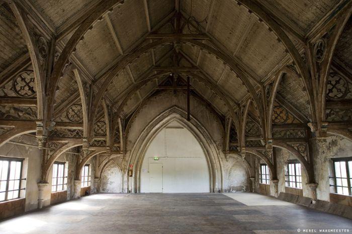 Het Hemelrijk | De Metaal Kathedraal