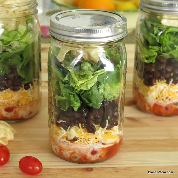 Taco Salad in a Jar plus tips for packing any salad