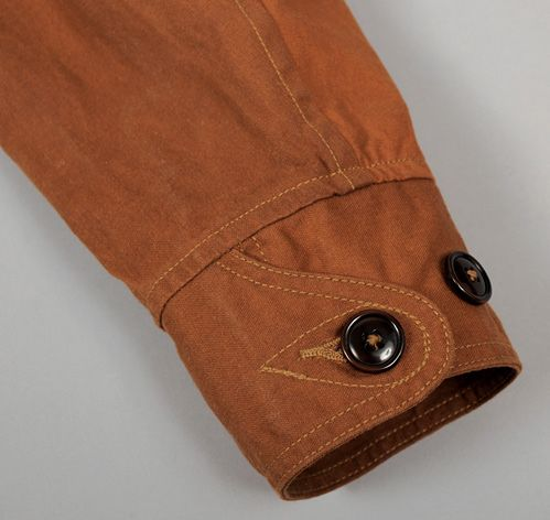 LONG ISLAND REEFER COAT, ALGODÓN ENCERADO BROWN'S :: HICKOREE...great cuff detail