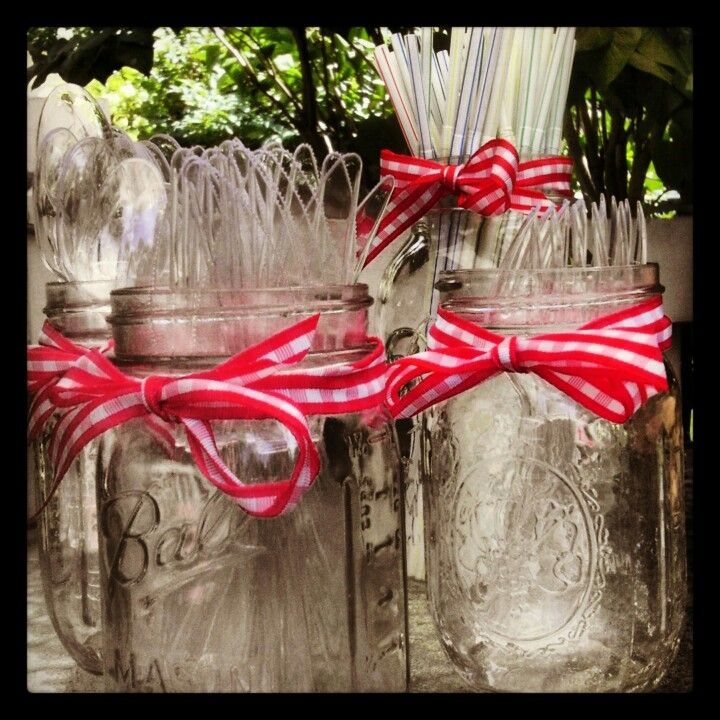 Great way to set out silverware for a party - ribbon can be matched to party decorations! - Update 5/16/14: Did this trick for the annual family Xmas party & it was super cute, super functional & super cheap!