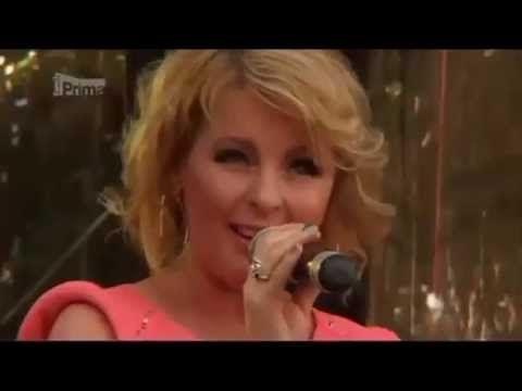 Iveta Bartošová (v dokumentu DECAY) - YouTube