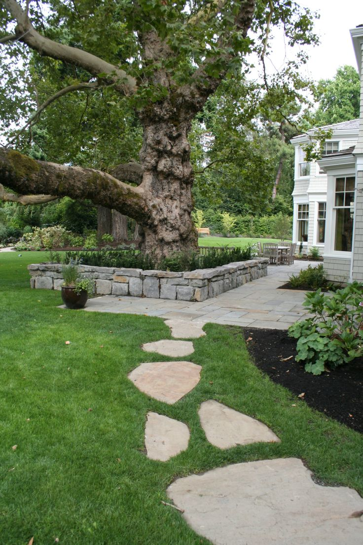 13 best dry creek bed gardens images on pinterest dry creek bed awesome flagstone walkway for your outdoor front yard area natural flagstone walkway ideas with plant and grass spread for contemporary outdoor front yard