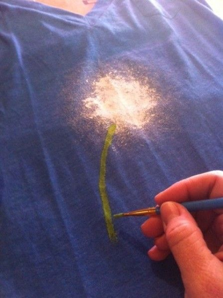 These dandelion shirts are simple and pretty, and would make a fun crafternoon project to do with your friends. Paint your own dandelion design with help from a special paint applicator you can find at the dollar store.