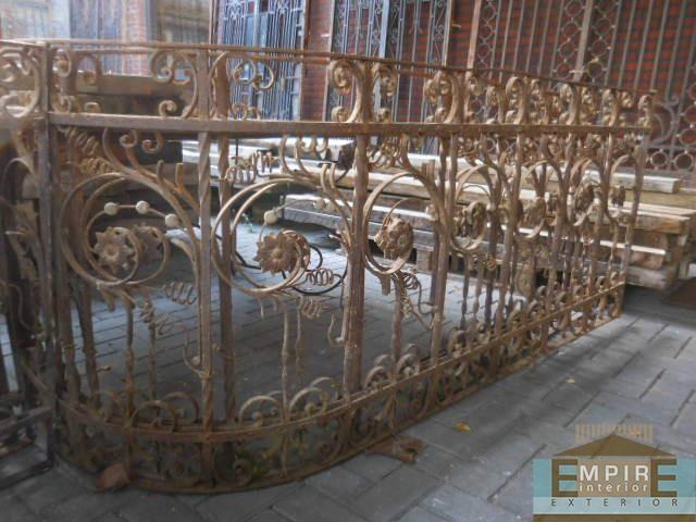 Antieke balkon hekwerk smeedijzer buitentrap pinterest hekwerk balkon en smeedijzeren - Smeedijzeren pergola voor terras ...