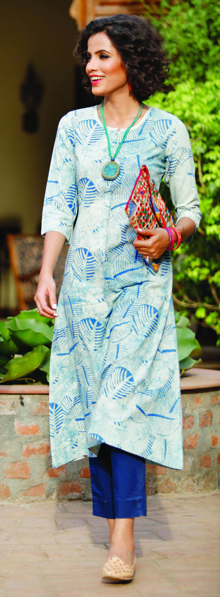 #Indigo #Kurta #Cotton #women #fashion #Print #leaf #embroidery #clutch #ceramic #neckpiece #jewellery #Fabindia
