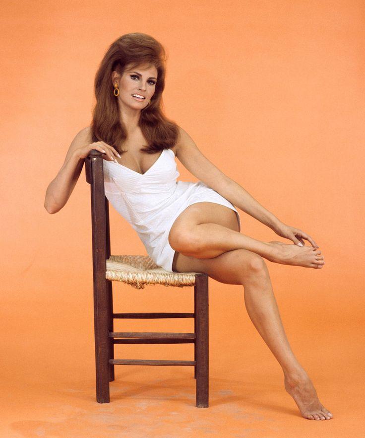 Jeanjeanie61 Raquel Welch Bedazzled Promotional Photo